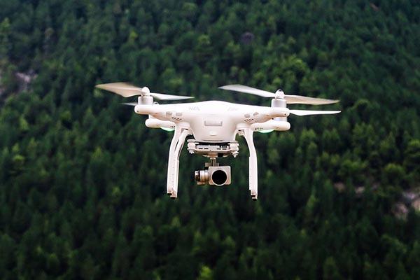 Новая профессия — «пилот дронов»: застолби себе место на рынке, пока оно есть